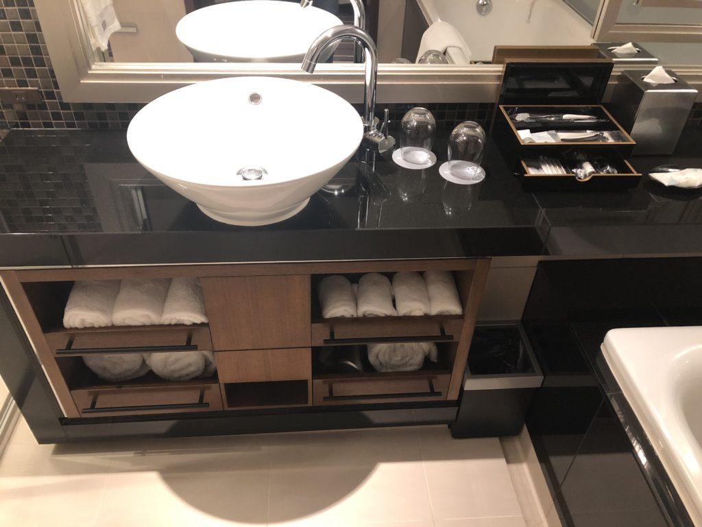 ウェスティンホテル仙台 洗面台画像