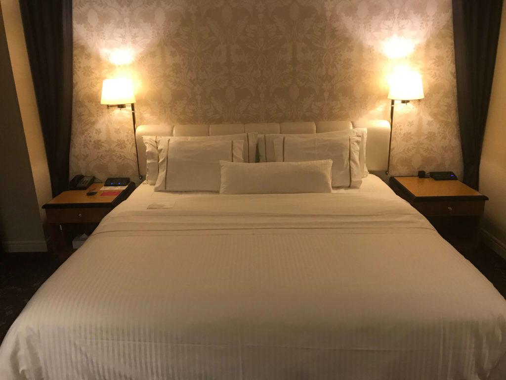 ウェスティン大阪。ベッド。