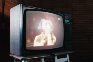 テレビCM流している企業は安全?アイキャッチ。