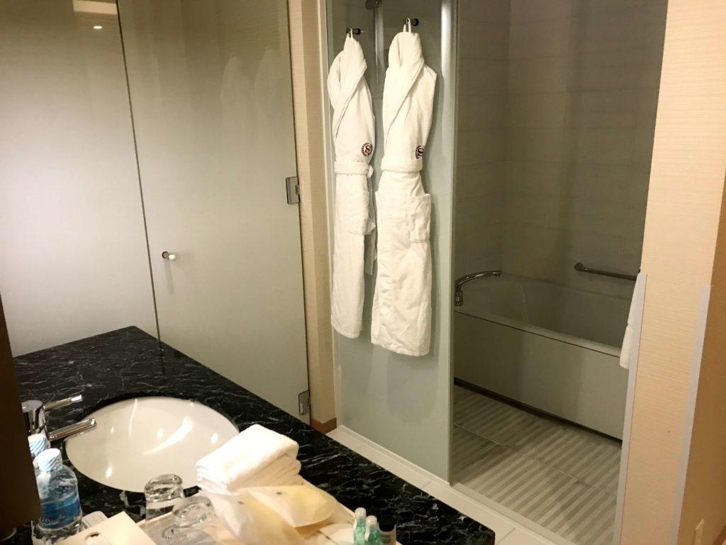 シェラトングランドホテル広島。風呂入り口。